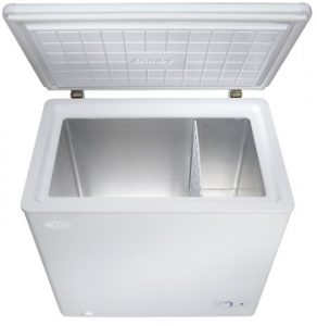 Danby Chest Freezer Chest Freezer Open empty 2