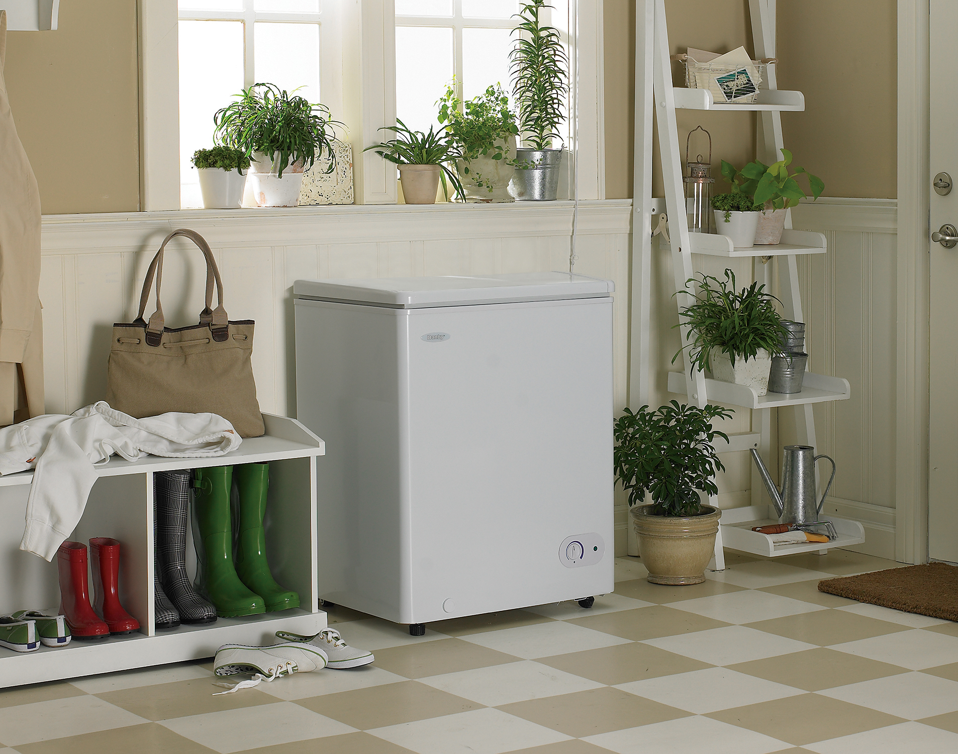 Your Guide to Buying a Stand-Alone Freezer – If You Can Find One