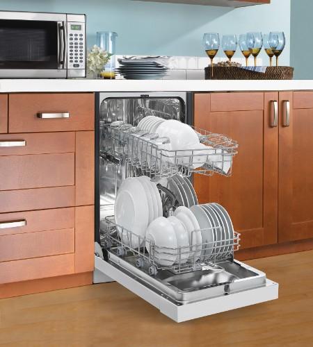 "Danby 18"" White Built-In Dishwasher"